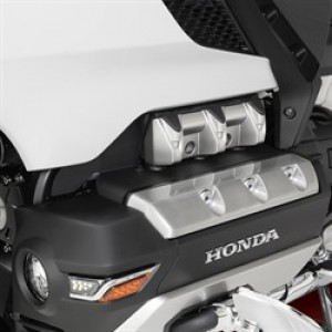 2018 GL1800 Cylinder Head Cover